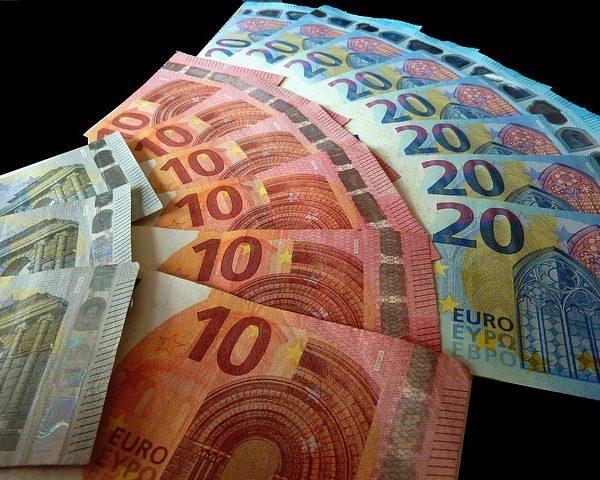 money-4418922_640